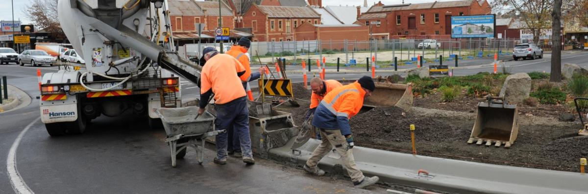 Staff Working at Mollison Street Roundabout