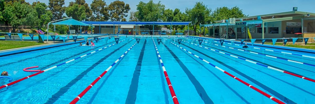 Bendigo east swimming pool city of greater bendigo for Public swimming pools locations maine