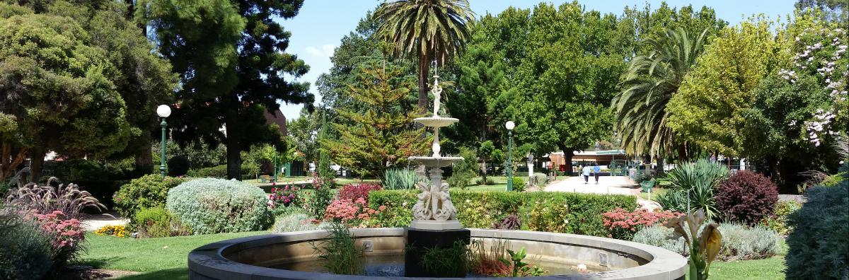 canterbury park gardens city of greater bendigo. Black Bedroom Furniture Sets. Home Design Ideas