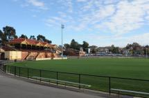 Queen Elizabeth Oval 4327